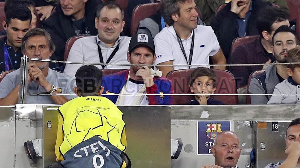 صور مباراة : برشلونة - إنتر ميلان 2-0 ( 24-10-2018 )  101520912
