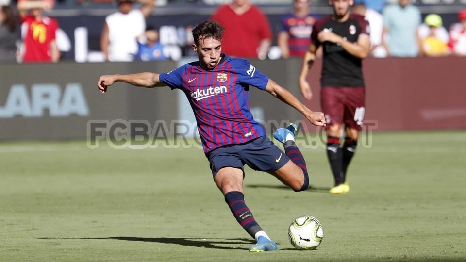 صور مباراة : برشلونة - ميلان 0-1 ( 05-08-2018 )  95385760