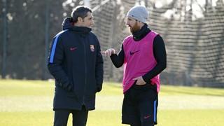Los jugadores del FC Barcelona elogian Ernesto Valverde