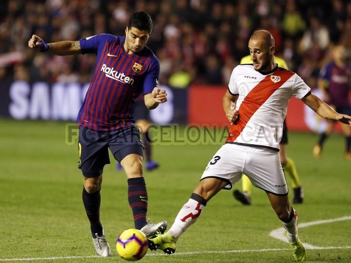 صور مباراة : رايو فاليكانو - برشلونة 2-3 ( 03-11-2018 )  102033058