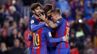 Braces for Gomes, Messi and Alcácer, and a first ever Barça goal for Mascherano, earn the points up in style