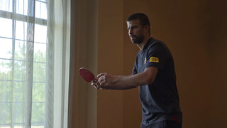 Table tennis, pool and all kinds of other entertainments keep the squad members occupied when on tour - as you can see in this video!