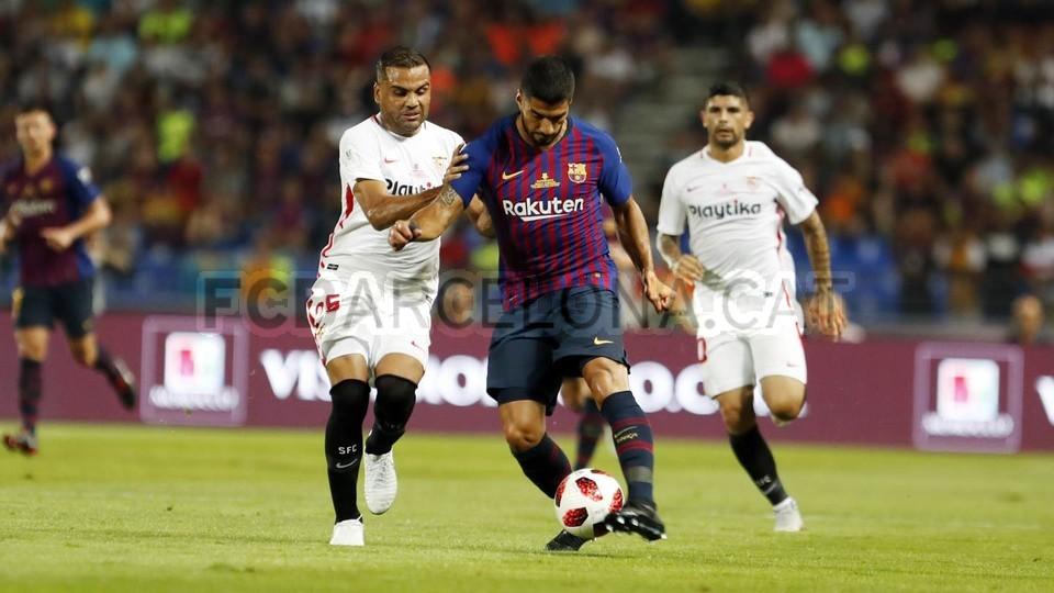 صور مباراة : برشلونة - إشبيلية 2-1 ( 13-08-2018 )  95761834