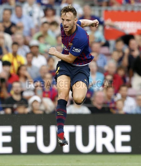 صور مباراة : برشلونة - هويسكا 8-2 ( 02-09-2018 )  97495469