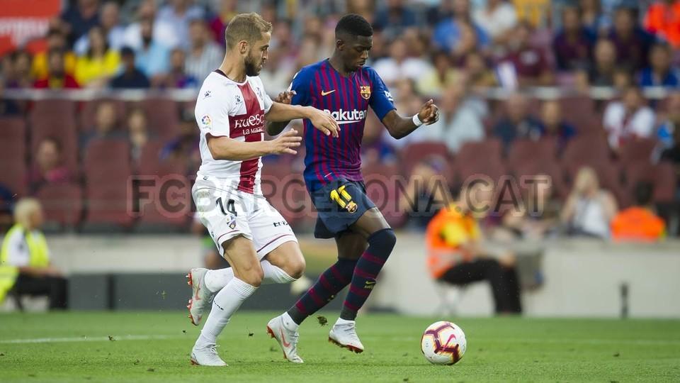 صور مباراة : برشلونة - هويسكا 8-2 ( 02-09-2018 )  97440173