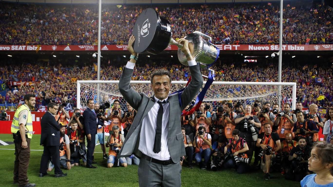 Barça'yla son maçında bir kupa daha kazanan Luis Enrique Martínez, öğrencileri tarafından sosyal medyadan uğurlandı