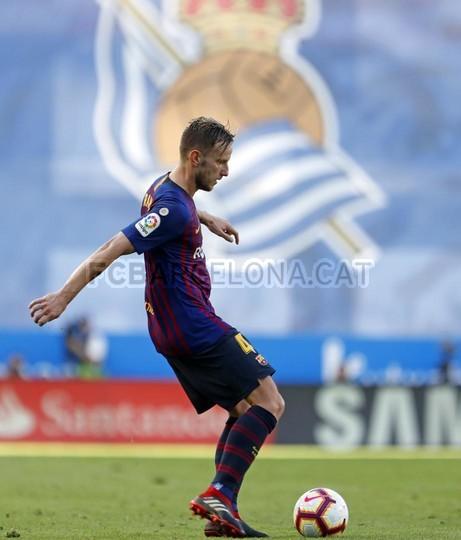 صور مباراة : ريال سوسيداد - برشلونة 1-2 ( 15-09-2018 ) 98623920