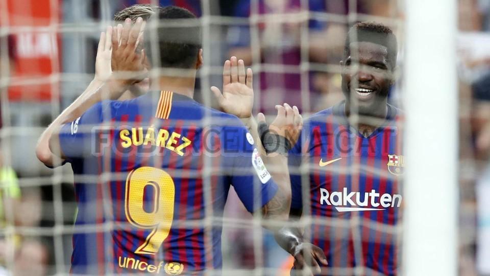 صور مباراة : برشلونة - هويسكا 8-2 ( 02-09-2018 )  97495475