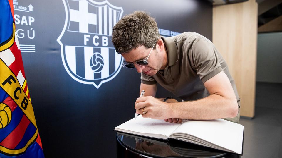 noel gallagher barcelona 2018 Noel Gallagher: 'Camp Nou is an amazing place'   FC Barcelona noel gallagher barcelona 2018