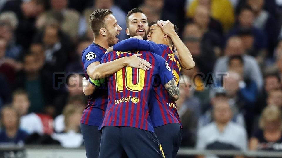 صور مباراة : توتنهام - برشلونة 2-4 ( 03-10-2018 )  100647954