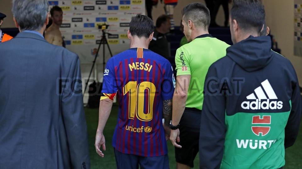 صور مباراة : ريال سوسيداد - برشلونة 1-2 ( 15-09-2018 ) 98623926