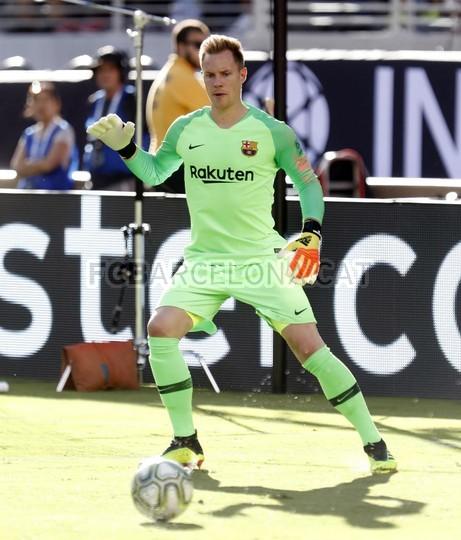 صور مباراة : برشلونة - ميلان 0-1 ( 05-08-2018 )  95385784