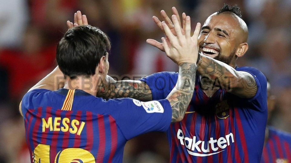 صور مباراة : برشلونة - جيرونا 2-2 ( 23-09-2018 )  99596472