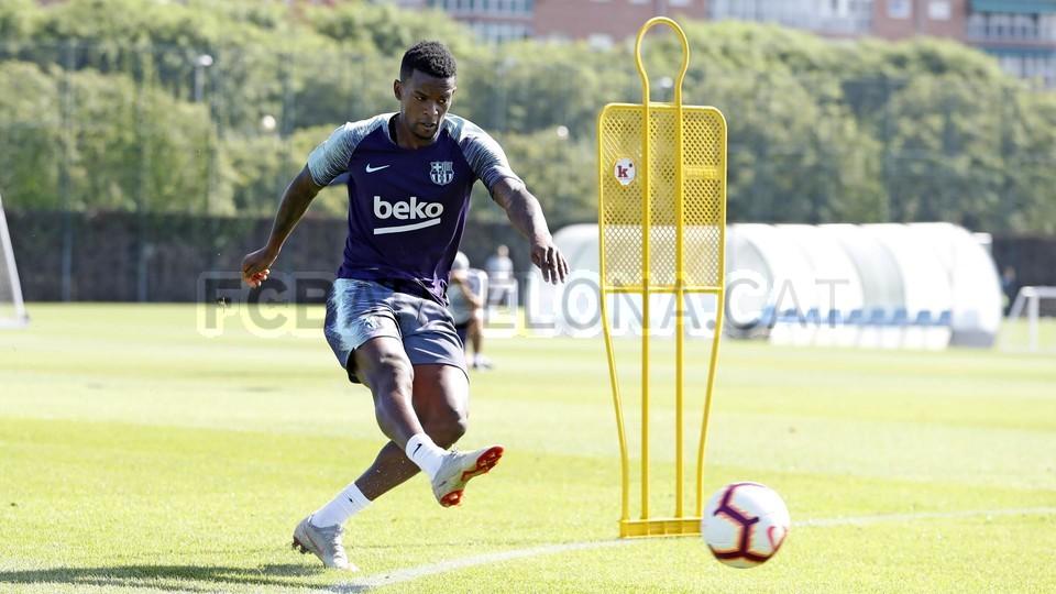 تدريبات مكثفة في برشلونة بعين على مباراة السبت Vs أتلتيك بيلباو 99864505