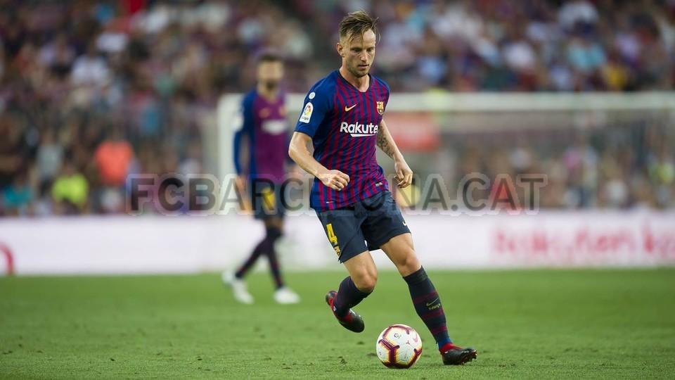 صور مباراة : برشلونة - هويسكا 8-2 ( 02-09-2018 )  97440186