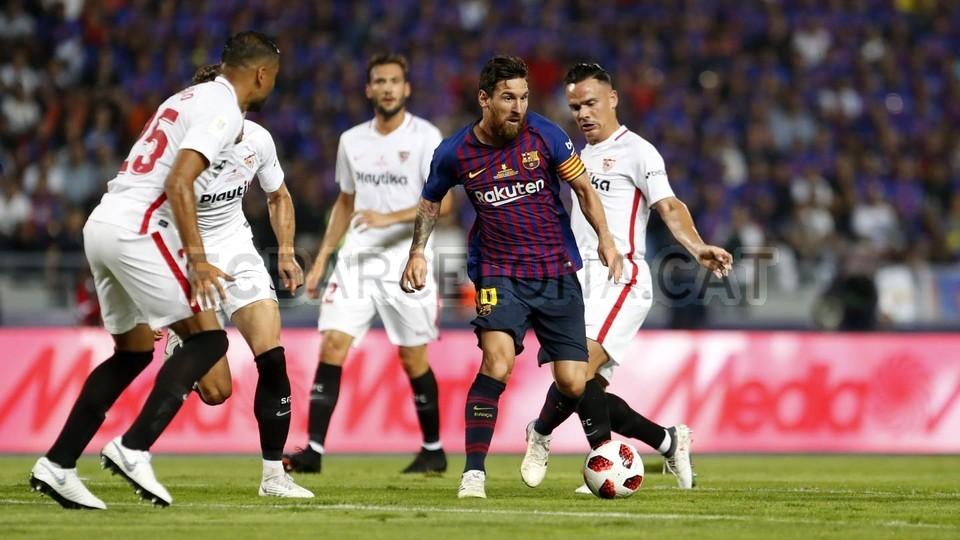 صور مباراة : برشلونة - إشبيلية 2-1 ( 13-08-2018 )  95761852