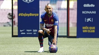 Arturo Vidal's presentation as a FC Barcelona player