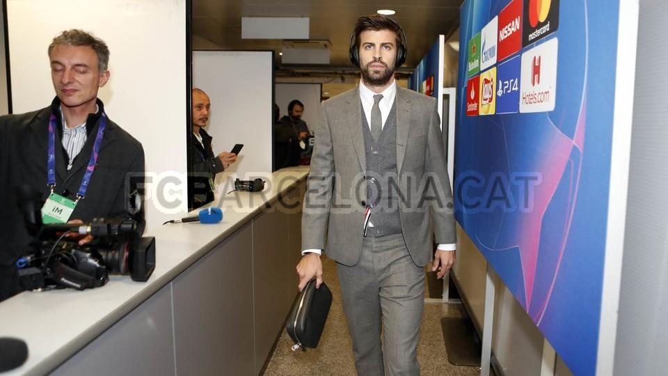 صور مباراة : إنتر ميلان - برشلونة 1-1 ( 06-11-2018 )  102198464