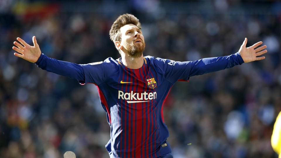 Real madrid 0 bara 3 messi christmas fc barcelona luis surez leo messi and aleix vidal with the goals that see the blaugrana head into the break 14 points clear of the defending la liga champions voltagebd Image collections