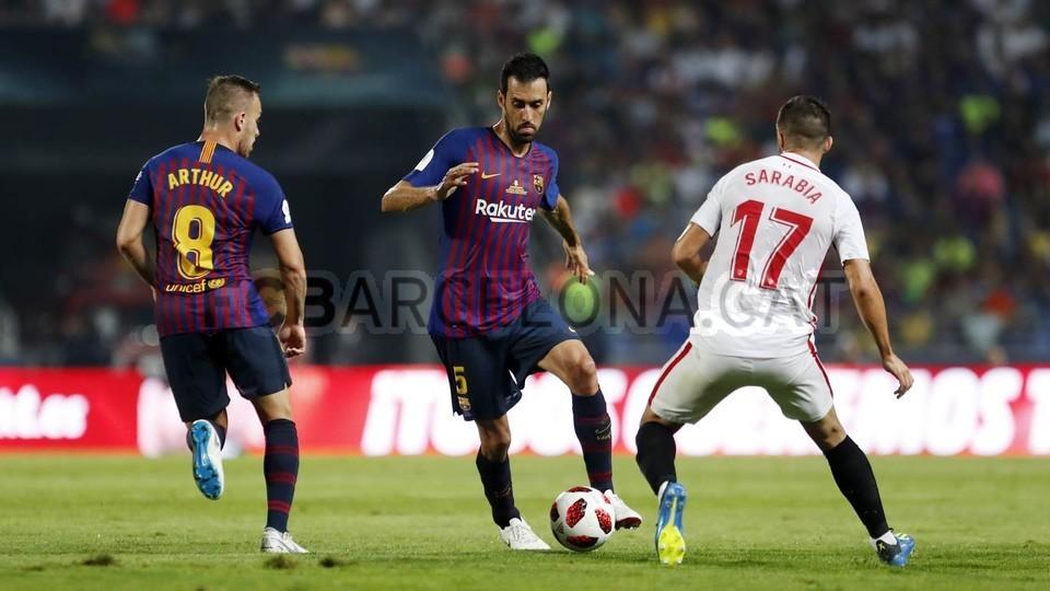 صور مباراة : برشلونة - إشبيلية 2-1 ( 13-08-2018 )  95762882