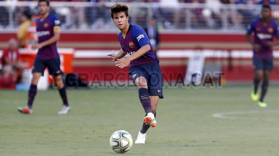 صور مباراة : برشلونة - ميلان 0-1 ( 05-08-2018 )  95385796