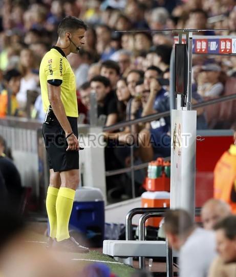 صور مباراة : برشلونة - جيرونا 2-2 ( 23-09-2018 )  99596484