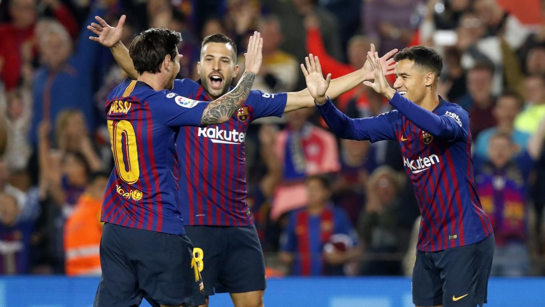 Valverde'nin öğrencileri Endülüs ekibine karşı Camp nou'da aldığı galibiyet ile liderlik koltuğuna yeniden otururken takımın her şeyi Leo Messi maçın başında sağ kolundan sakatlandı