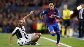 FC Barcelona 0 - Juventus 0 (1 minuto)