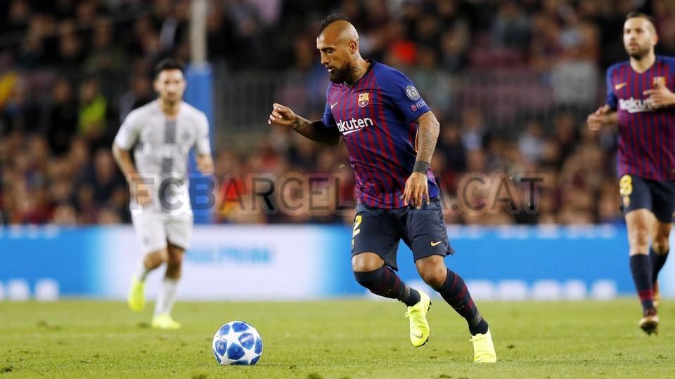 صور مباراة : برشلونة - إنتر ميلان 2-0 ( 24-10-2018 )  101529034