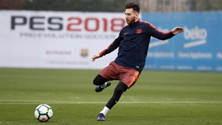 Lionel Messi dazzles in training session