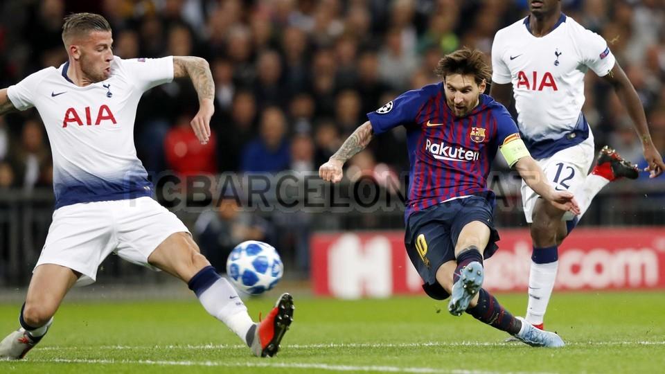 صور مباراة : توتنهام - برشلونة 2-4 ( 03-10-2018 )  100648140