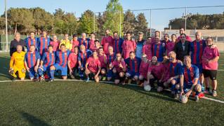 La Agrupación y la Fundación Taina organizaron un partido de fútbol solidario en Sabadell como parte de una iniciativa solidaria