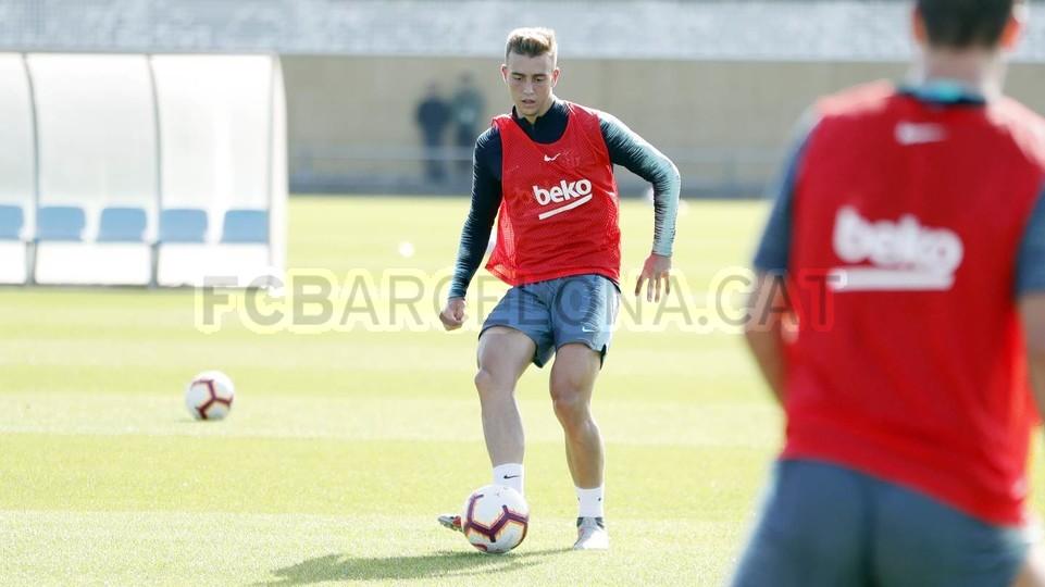 التدريبات متواصلة في برشلونة بانتظار التحاق آخر اللاعبين العائدين من المشاركة في المباريات الدولية مع منتخباتهم الوطنية 101157069