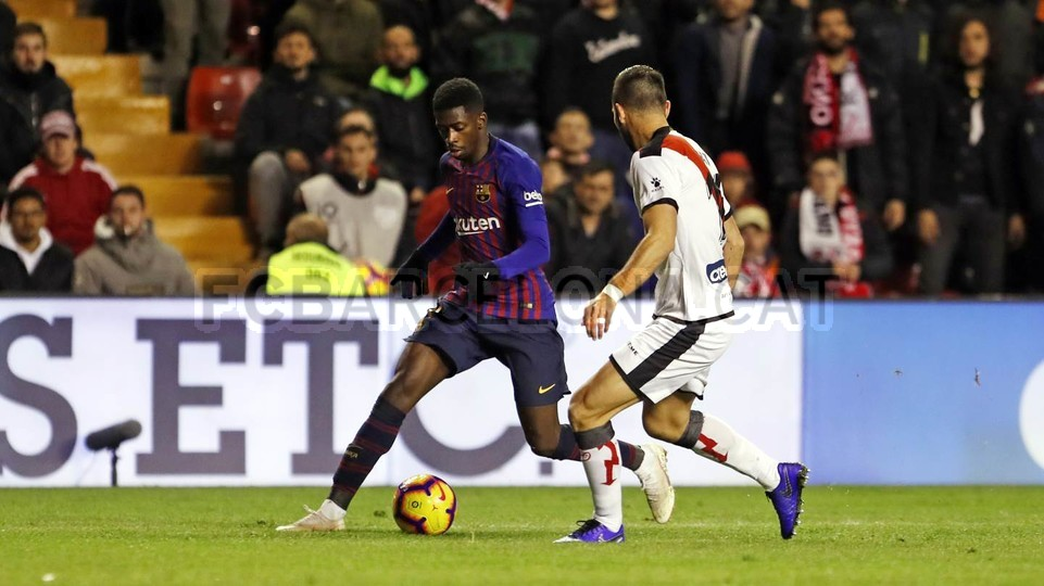 صور مباراة : رايو فاليكانو - برشلونة 2-3 ( 03-11-2018 )  102038478