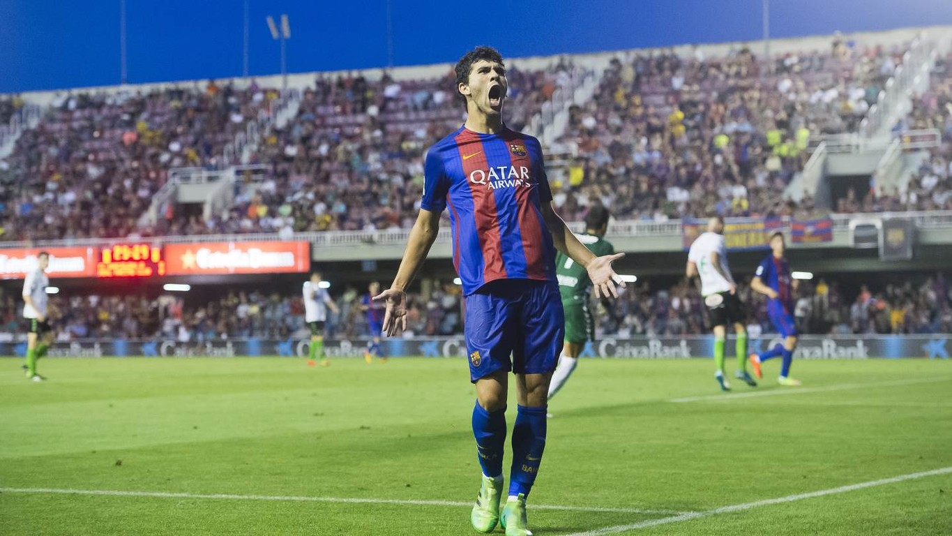 The talented Barça B youngster will sign for the next seasons which will increase by a further two if he joins the first team