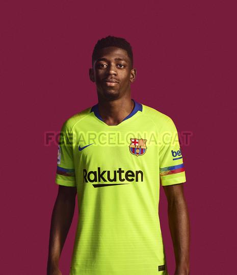 الأصفر لون قميص برشلونة الثاني لموسم 2018-2019 91891151