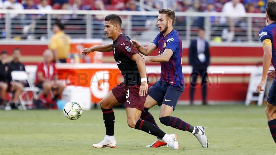 صور مباراة : برشلونة - ميلان 0-1 ( 05-08-2018 )  95385808