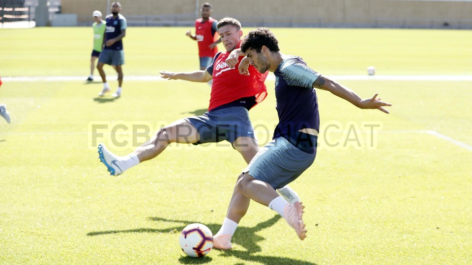 تدريبات مكثفة في برشلونة بعين على مباراة السبت Vs أتلتيك بيلباو 99864529