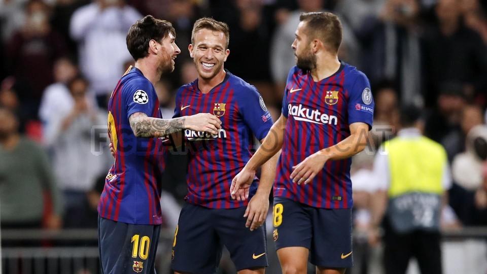صور مباراة : توتنهام - برشلونة 2-4 ( 03-10-2018 )  100648146