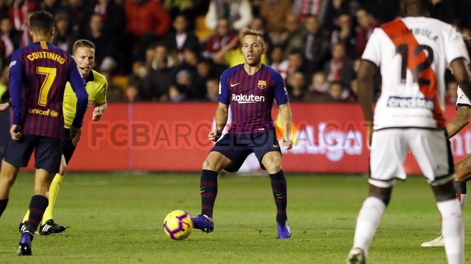 صور مباراة : رايو فاليكانو - برشلونة 2-3 ( 03-11-2018 )  102033106