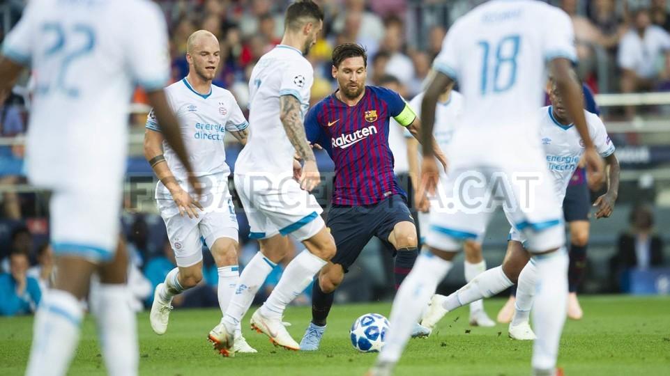 صور مباراة : برشلونة - PSV إندهوفن 4-0 ( 18-09-2018 )  98884308