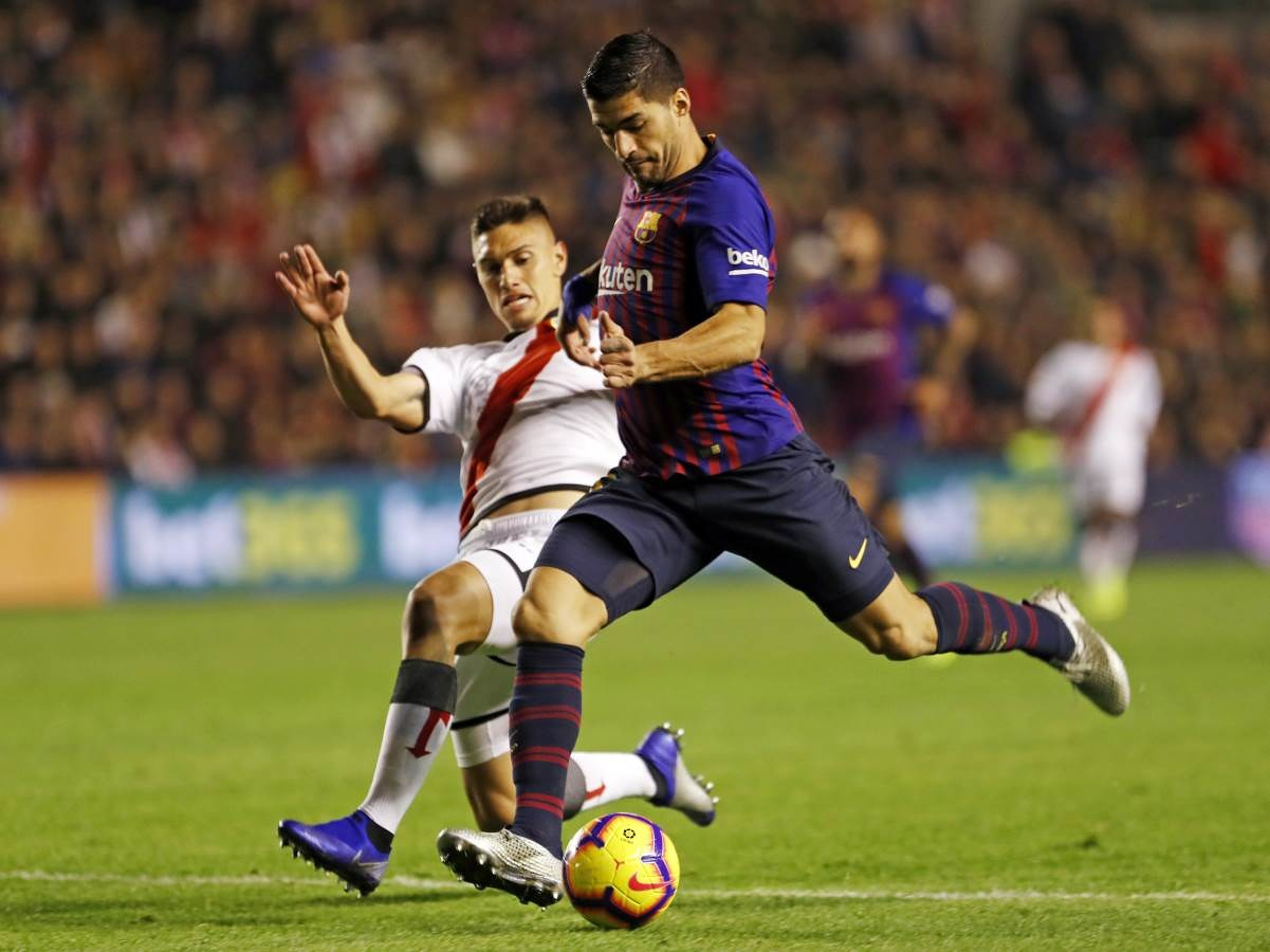 صور مباراة : رايو فاليكانو - برشلونة 2-3 ( 03-11-2018 )  102038484