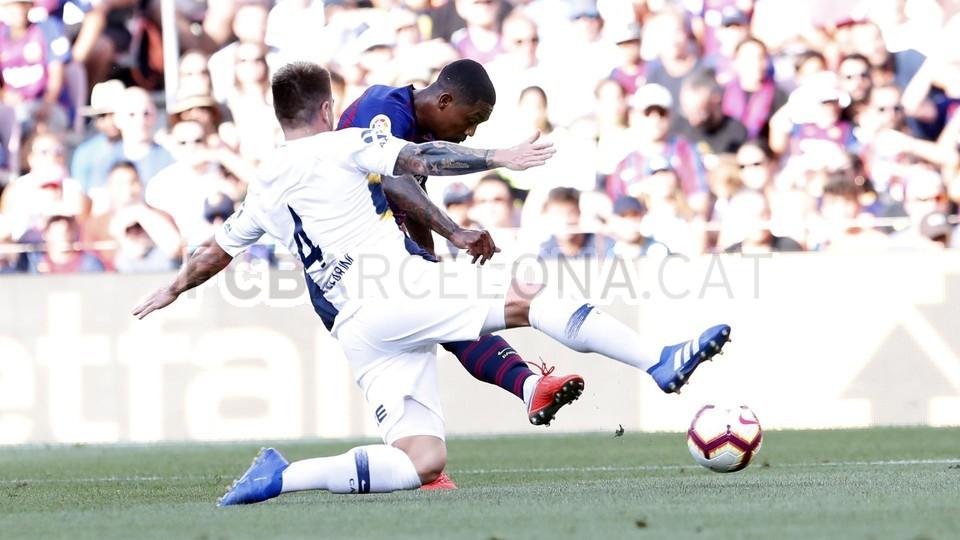 صور مباراة : برشلونة - بوكا جونيورز ( 16-08-2018 )  95974357