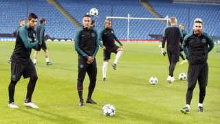 FC Barcelona train in Manchester