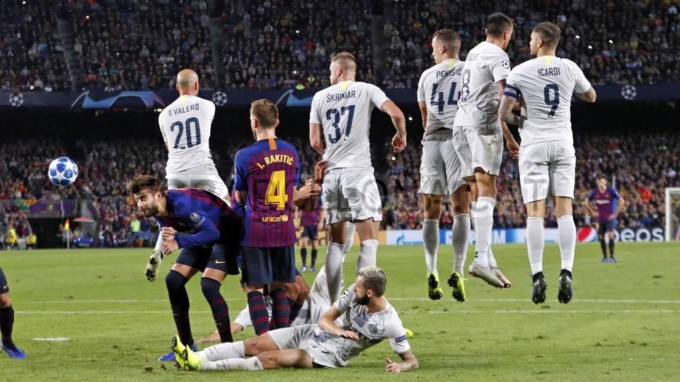 صور مباراة : برشلونة - إنتر ميلان 2-0 ( 24-10-2018 )  101552601