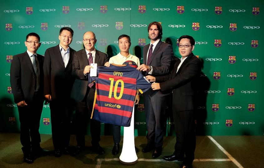 OPPO presented as official sponsor of FC Barcelona in ...