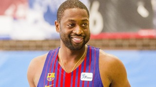 Dwyane Wade visita la Ciutat Esportiva