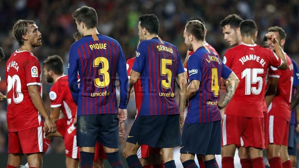 صور مباراة : برشلونة - جيرونا 2-2 ( 23-09-2018 )  99596508