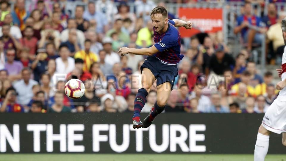 صور مباراة : برشلونة - هويسكا 8-2 ( 02-09-2018 )  97434846