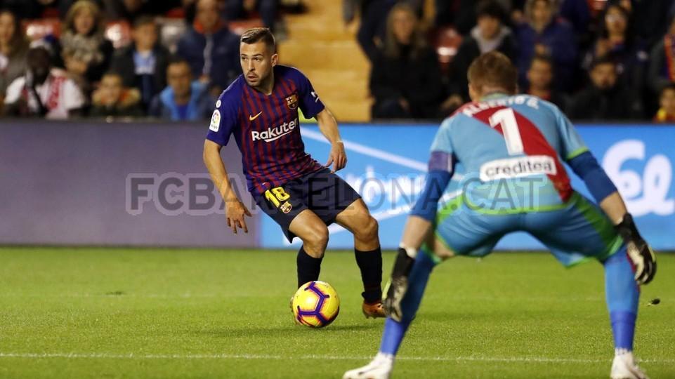 صور مباراة : رايو فاليكانو - برشلونة 2-3 ( 03-11-2018 )  102033118